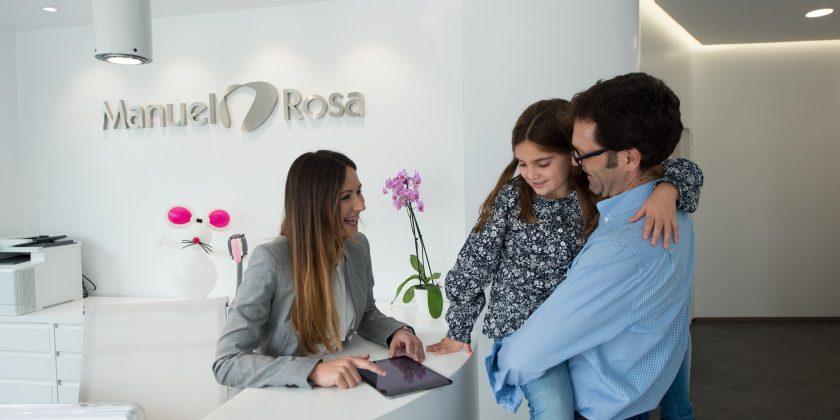 Niños y revisiones dentales, ¿combinación imposible? - Clínica Manuel Rosa