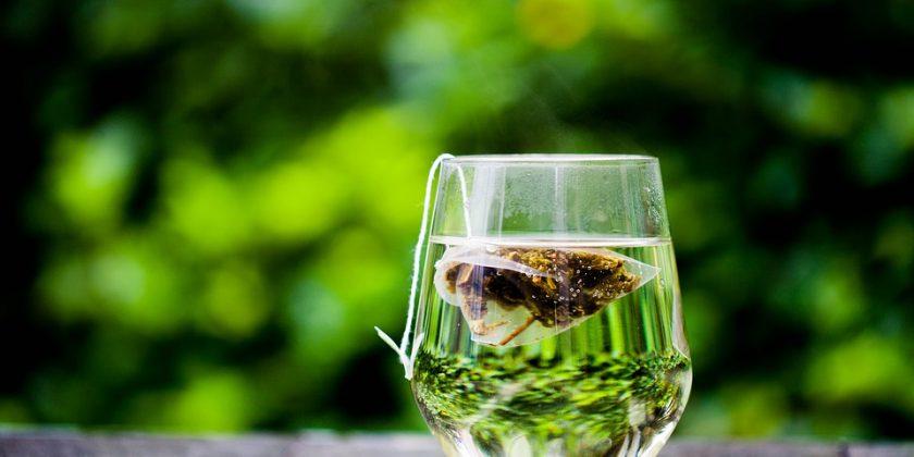 El té verde, un magnífico aliado para tu salud bucodental. - Clínica Manuel Rosa