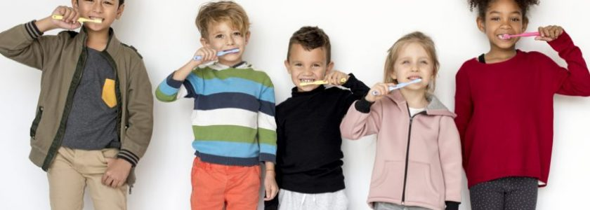 Vuelta al cole, vuelta al dentista - Clínica Manuel Rosa